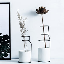 Load image into Gallery viewer, Scandinavian Style Ceramic Vases