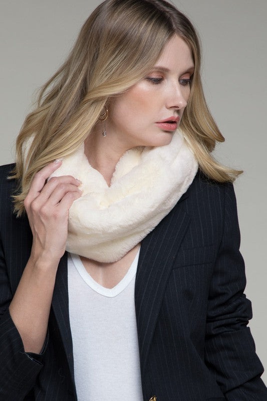 Luxurious plush faux fur twisted tube scarf - Gift Shop Wrought 'n Apples