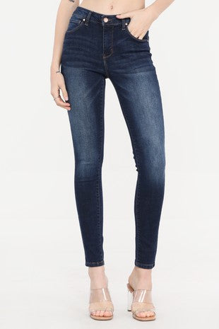 Cest Toi Mid Rise Basic Skinny - Tenley Wash