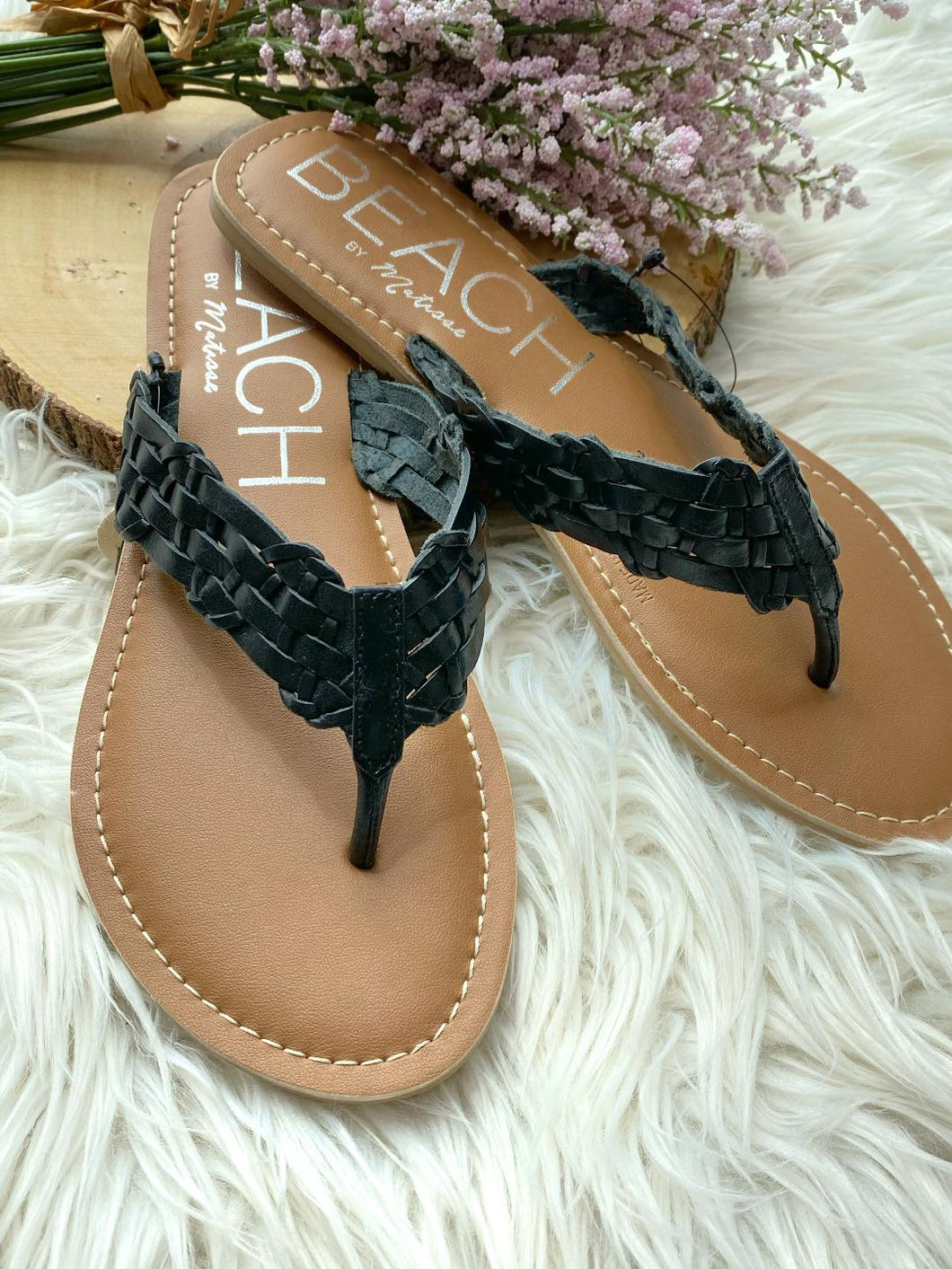 Make Waves Black Sandals