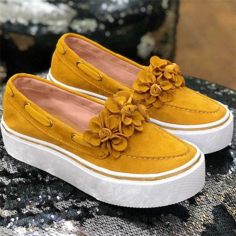 Pretty Suede Flowers Platform Loafers For Women