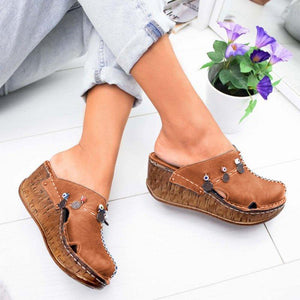 Stylish Close Toe Casual Wedge Sandals
