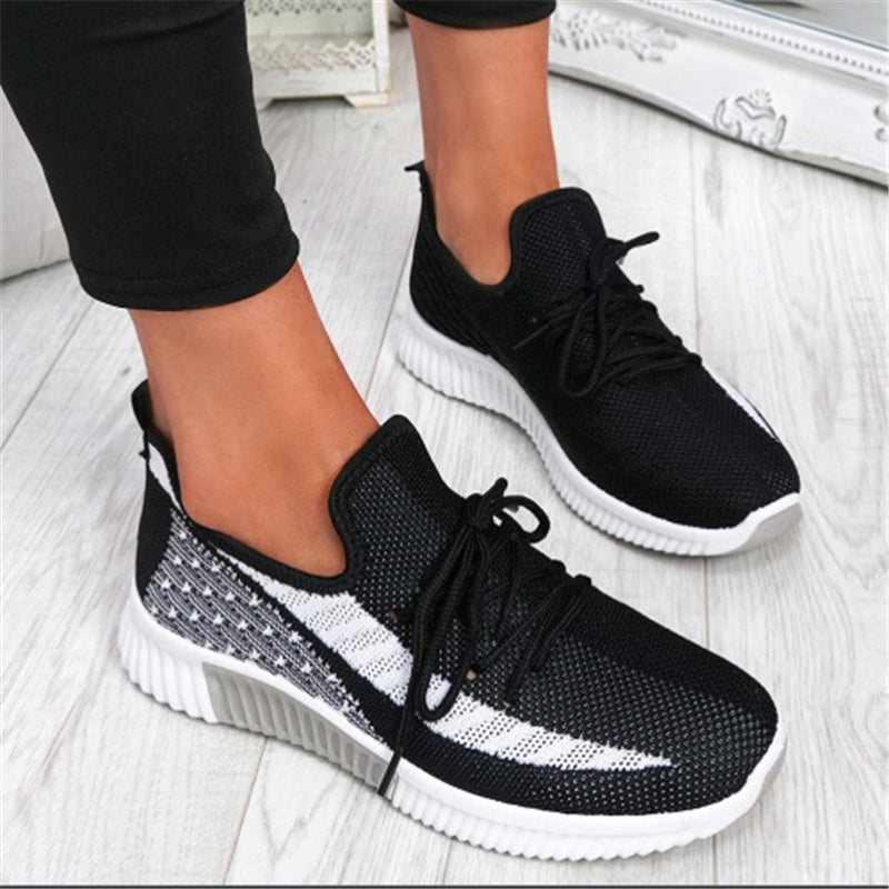 Sporty Breathable Mesh Jogging Shoes For Women