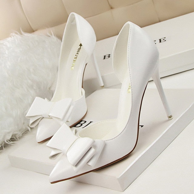 Thin Side Hollow Pointed High Heel