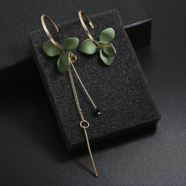 Holllow Leaf Stud Earrings For Women