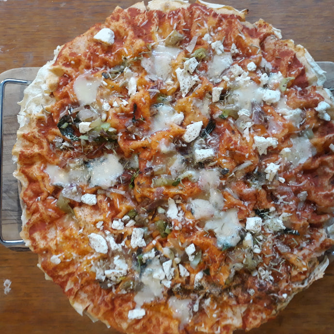 Sardinian pizza with pane carasau
