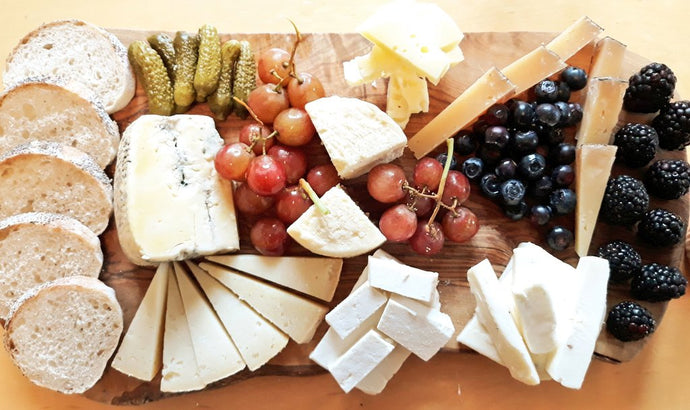 A Sardinian cheese platter for your events