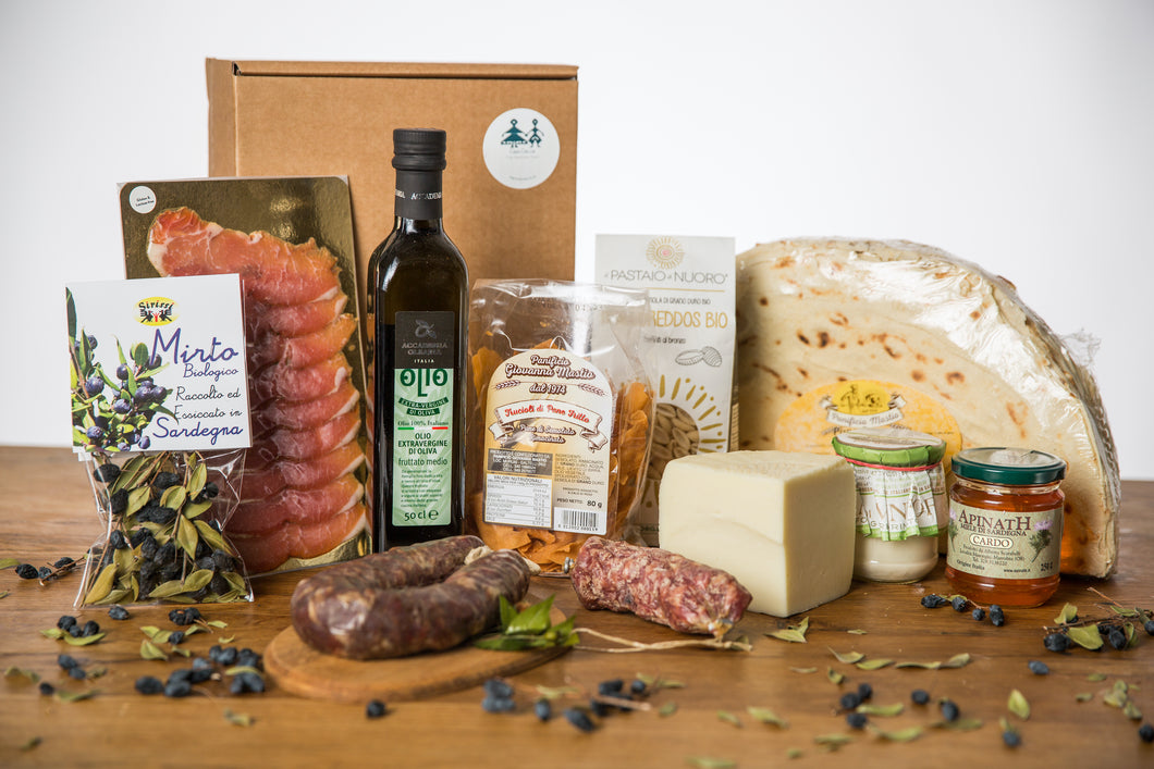 Sardinian Cheese and Salami Christmas Gift Hamper