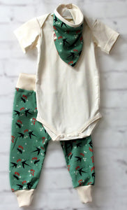Sparrows on the Green     ___    (Onesie Set)
