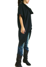 Load image into Gallery viewer, Women Black Cotton Asymmetrical Oversized Tops