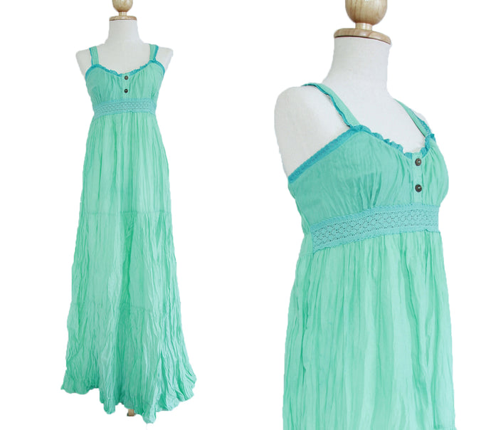 women mint dress