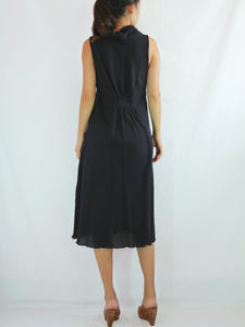Loose Fit Sleeveless Turtleneck Dress in Black