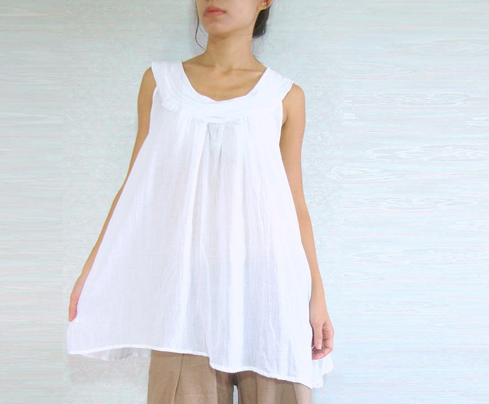 Roomy Summer Women White Cotton Tops Sleeveless Blouse