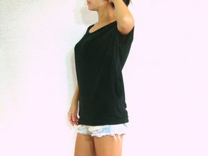 Women Black Scoop Neck Tops with Sided Pockets