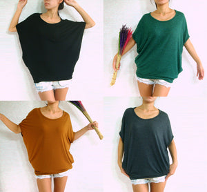 Women Baggy T Shirt Scoop Neck Oversized Top with Pockets