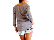 Load image into Gallery viewer, Women Raglan Sleeves Top with Pocket in Brown