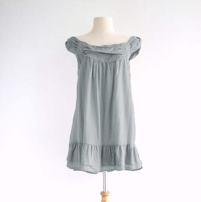 Light Gray Loose Sleeveless Cotton Peasant Blouse