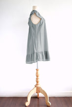 Load image into Gallery viewer, Light Gray Loose Sleeveless Cotton Peasant Blouse