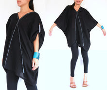 Load image into Gallery viewer, Black Oversized Blouse Plus Size Boho Tops