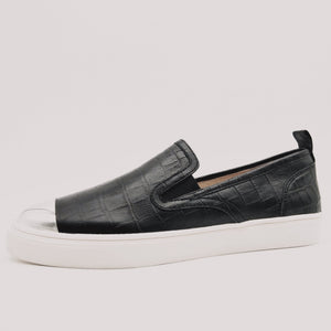Comfortable Black Croc Print Slip-On Sneaker with Arch Support and Orthotic Friendly, Suitable for Wide feet and Plantar Fasciitis