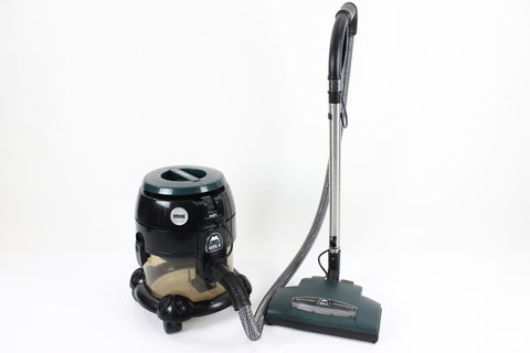 Save $$$ HYLA NST Vacuum Cleaner Mint Conditioned loaded with tools & WARRANTY