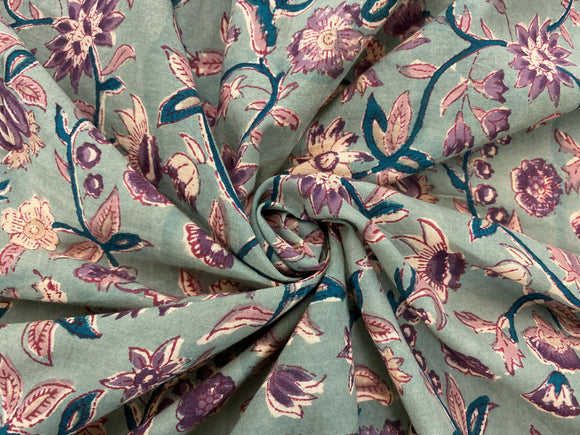 C25.9 - Hand Printed Cotton Cambric - vintage floral ***