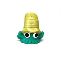 Load image into Gallery viewer, Pokemon Omanyte toy Bandai Finger Puppet 1996