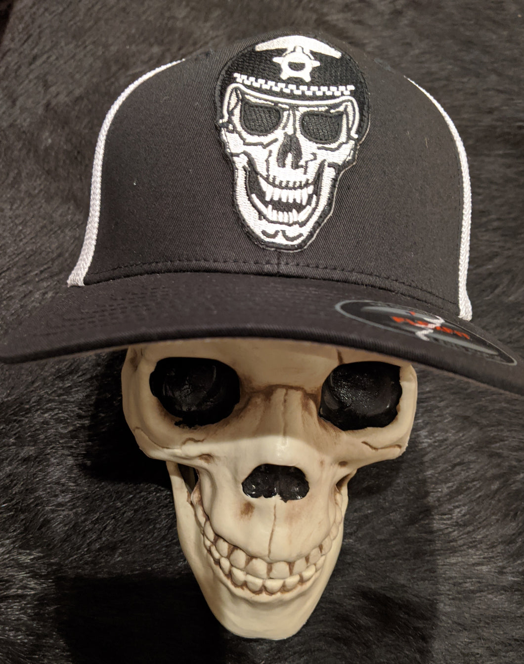 L.E. SKULL FLEXFIT HAT - NO LAWS MOTORCYCLES