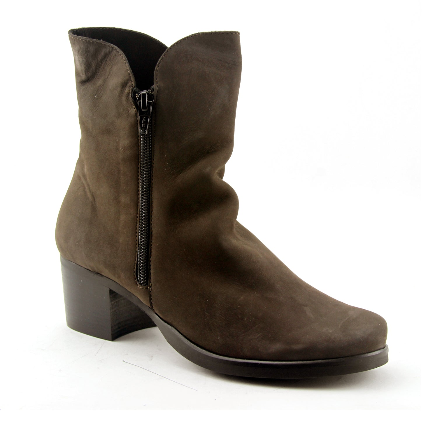Pandore - Brown Nubuck