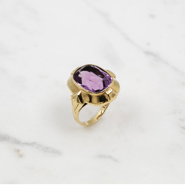 Vintage Amethyst Oval Ring - Gelbgold