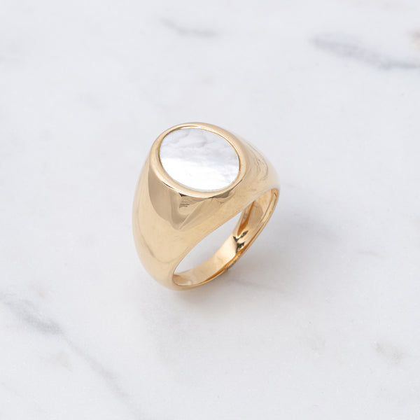 Perlmutt Oval Ring - Gelbgold