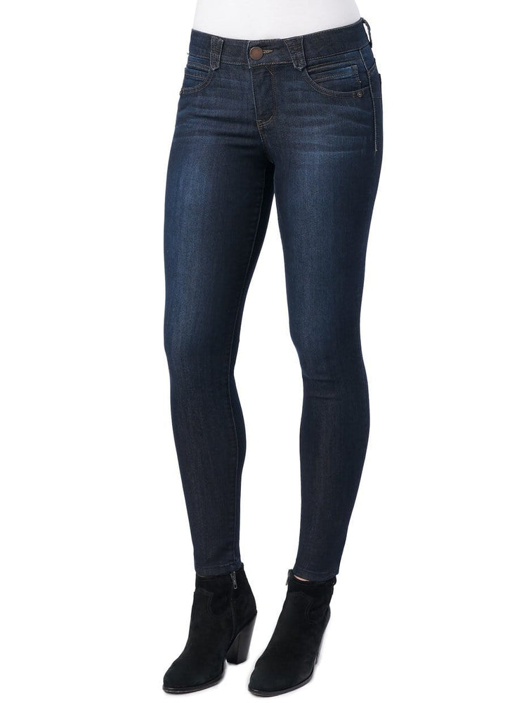 "Load image into Gallery viewer, 34"" inseam long tall indigo absolution jegging"