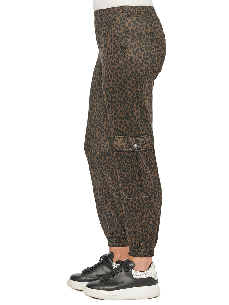 High Rise Patch Pocket Leopard Print Jogger