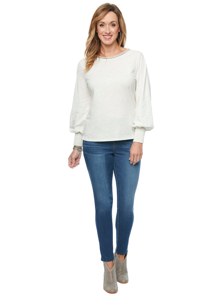 Blouson Long Sleeve Scoop Neck Plus Knit Top