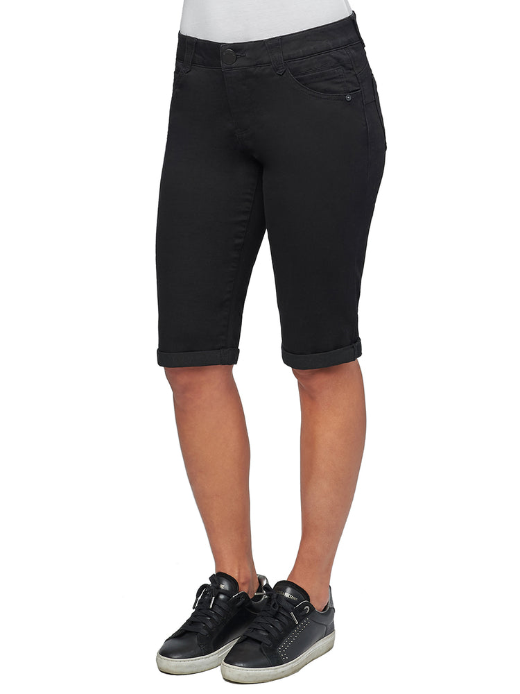 """Ab""solution Black Bermuda Short"