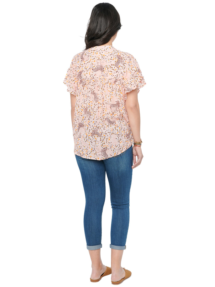 Load image into Gallery viewer, Fluttery Short Sleeve Soft Pink Animal Print Plus Woven Top