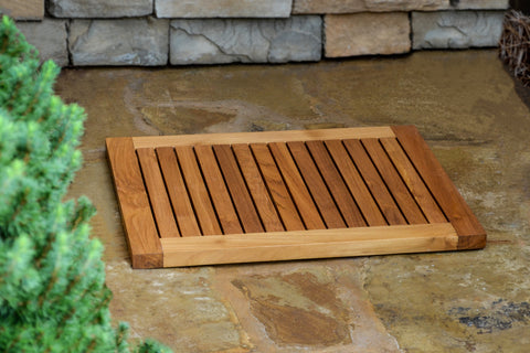 SHOWER TEAK STOOL AND SHOWER TEAK MAT