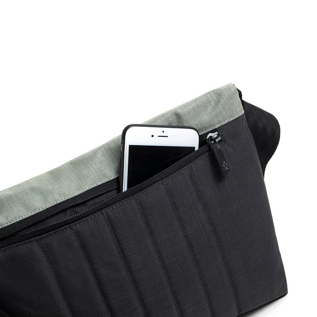 Dinky Di Messenger S