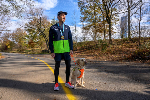 thomas-panek-legally-blind-runner-with-guide-dog