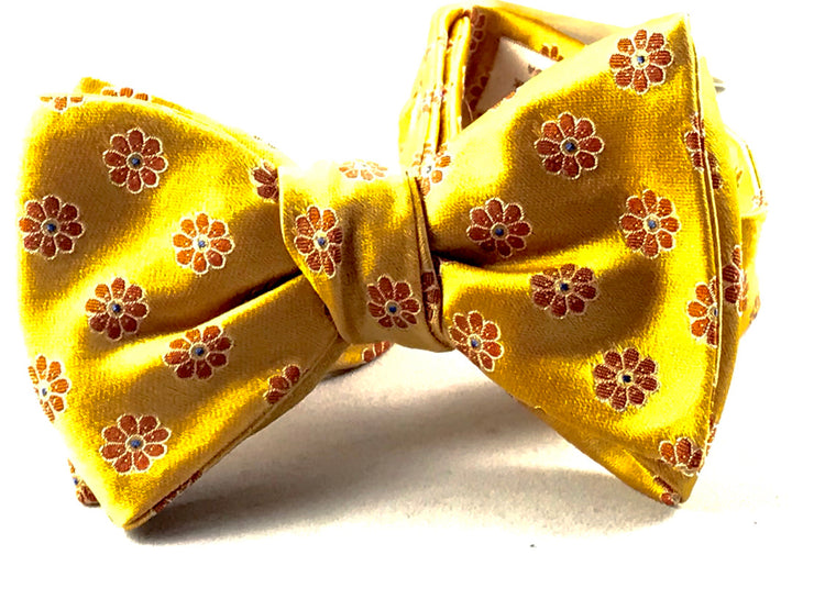 Luxury Bowtie 26 - Miguel's Men's Wear