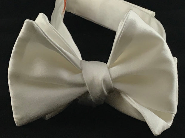 Luxury Bowtie - Miguel's Men's Wear