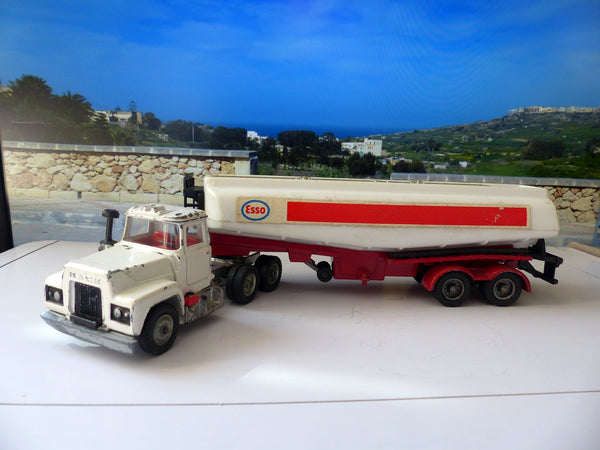 1152 Mack Truck with Esso Tanker