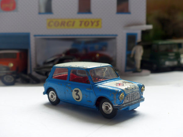 227 Morris Mini-Cooper in blue with white bonnet, red interior (3)