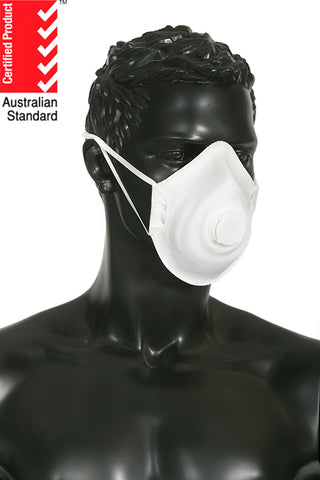 products/l_titan-p1-valved-respirator-600613-use.jpg