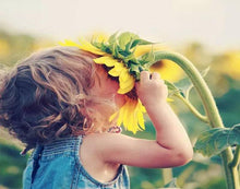 Load image into Gallery viewer, toddler sunflower painting