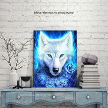 Load image into Gallery viewer, Snow Wolf