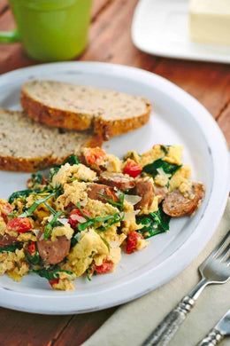 Sausage and Spinach Breakfast Scramble