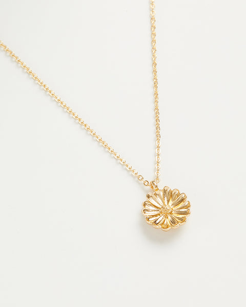 Gold Daisy Short Necklace