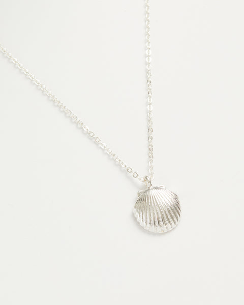 Silver Shell Short Necklace