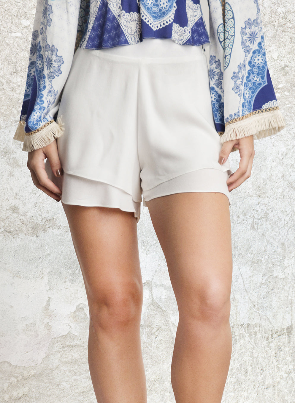 SHORT ALTO BABADOS OFF WHITE